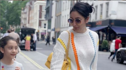 Maanayata Dutt twins with daughter Iqra in sweater and mini skirt on shopping date