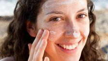 Here's What Dermatologists Say About The Best Time To Apply Sunscreen