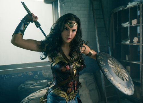How to make a homemade Wonder Woman costume and where to buy one if you can't be bothered