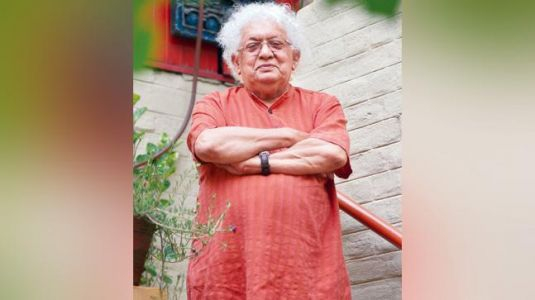 This book by Meghnad Desai offers a bird's-eye view of India