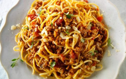 Traditional spaghetti bolognese recipe - perfect for all the family