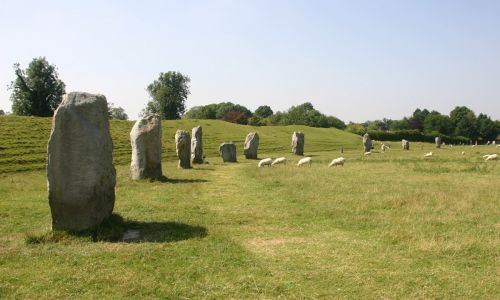Avebury: Mysterious circles and ancient stones