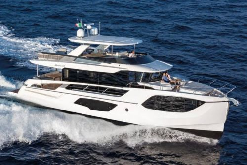 Absolute Navetta 64: Marrying rational and romantic