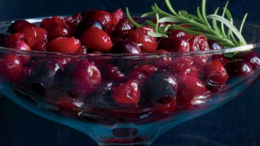 Recurring UTI? Drinking cranberry juice will help you keep it at bay