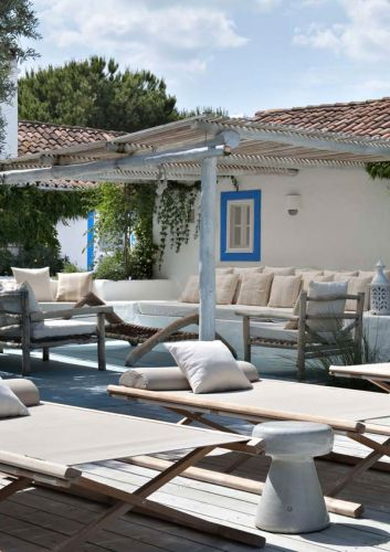 A RUSTIC CHIC SUMMER HOME IN PORTUGAL