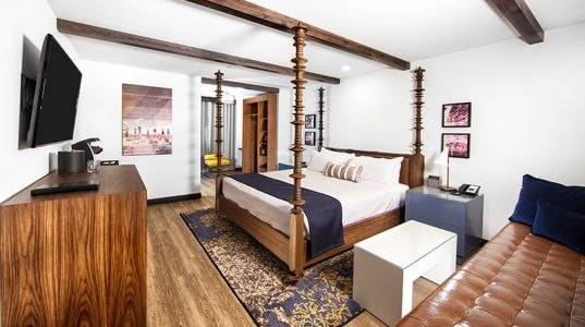 4 Newly Renovated Vegas Hotels Worth Checking Out