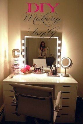 30 Fresh Vanity Mirror and Desk Graphics