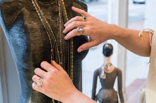 New York Based Jewelry Designer Is Seeking A Jewelry Design Assistant Intern