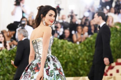 Great Outfits in Fashion History: Amal Clooney in Richard Quinn at the Met