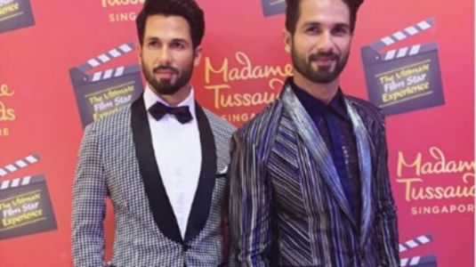 Shahid Kapoor twins with Madame Tussauds wax statue in Singapore. Seen the viral pic yet?