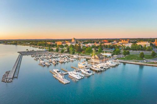 Traverse City: Small Midwestern Lake Town Has it All