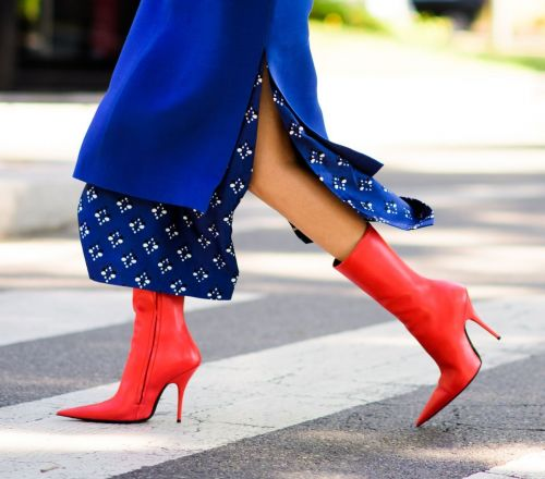6 boots to daydream about while we wait for the holidays to arrive