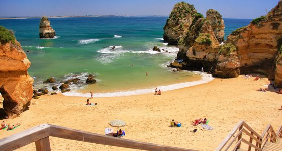 7 Reasons to Say WelcomeBacktoTravel in Portugal
