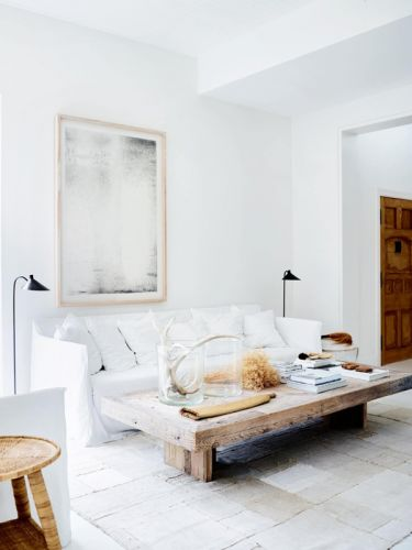 A HOME WITH A MEDITERRANEAN VIBE & GET THE LOOK