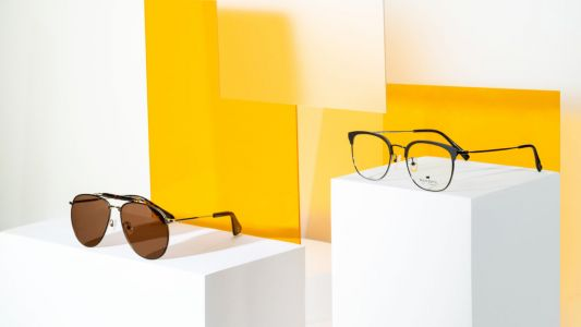 This unisex eyewear collection offers effortless style to everyone