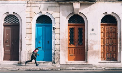 Knock on wood: Where to find the world's most beautiful doors