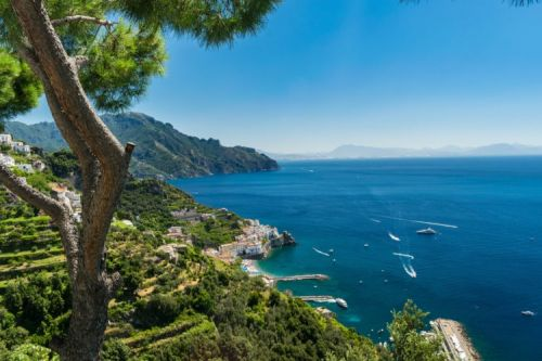 8 Reasons Why the Amalfi Coast is the Ideal Vacation Destination