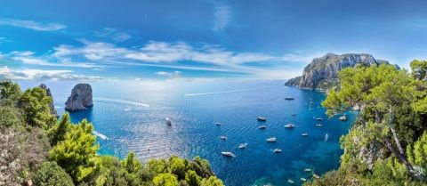 Explore the Amalfi Coast Onboard a Yacht