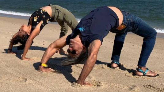 Ankita Konwar does Chakrasana at beach in throwback pic from US holiday with hubby Milind