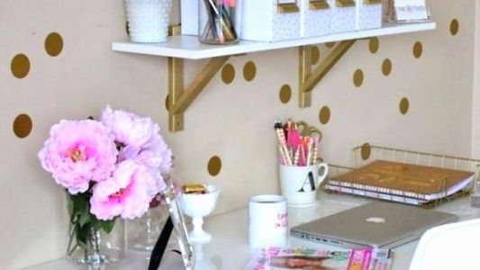 29 Inspirational Girly Office Desk Accessories Graphics