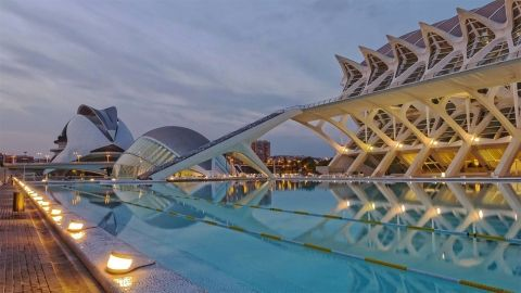 Live The Life Of Luxury When You Study In Valencia