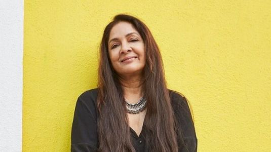 Neena Gupta gets into a pair of denims and sets Instagram on fire. See pics
