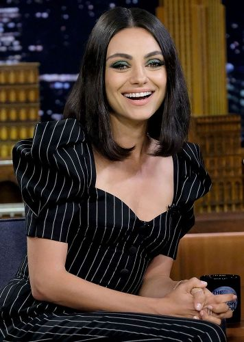 Mila Kunis Makes a Strong Case for the Green Shadow and Hazel Eyes Combo