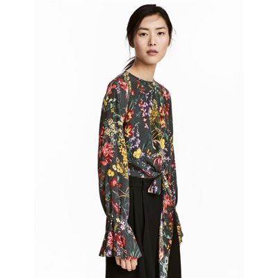 Mad Deals Of The Day: A Pretty Floral Top From H&M For Only $7 And More