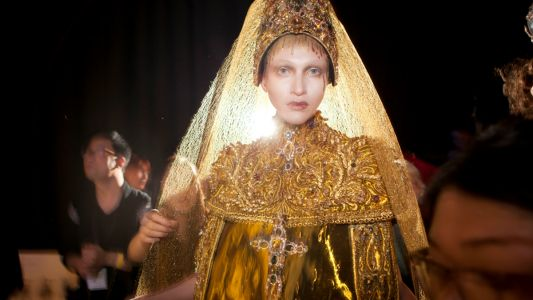 'Yellow Is Forbidden' Provides an Intimate Look at Guo Pei's Entrance into the World of Haute Couture