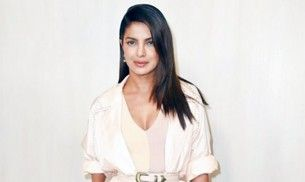 Priyanka Chopra in this pink outfit looks absolutely divine