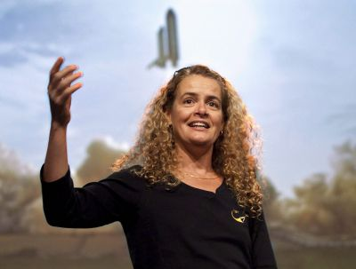 5 reasons we love Canada's next Governor General, astronaut Julie Payette