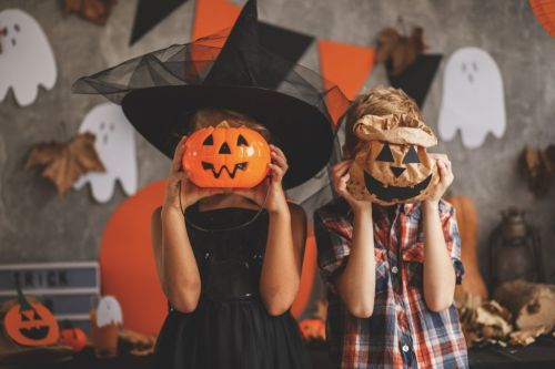 An official and unquestionable guide to all the best couple's Halloween costumes