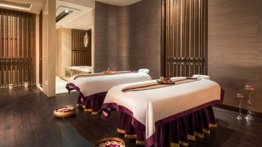Join the Bleisure trend with these 5 top hotels in India