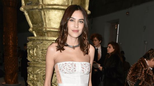 Great Outfits in Fashion History: Alexa Chung at Chloé's Fall 2020 Show