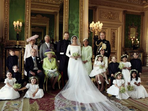 See The Royals In The Official Wedding Day Portraits