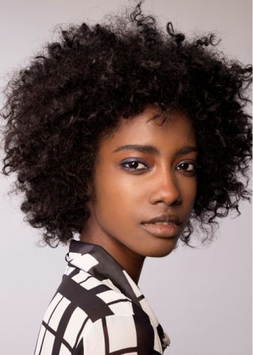 Naturalistas, It's Time to Let Your Hair Hang Out This Summer