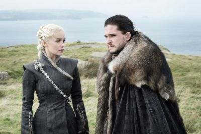 Jon Snow and Daenerys Targaryen in love: Disgusting, awesome or disgustingly awesome?