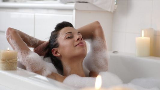 How to set up your bath for the perfect 'me time'