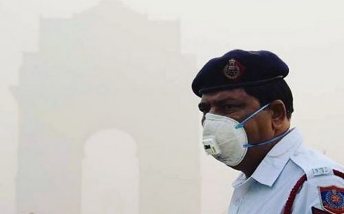 Delhi NCR citizens might soon need 5 oxygen cylinders a day to survive the pollution