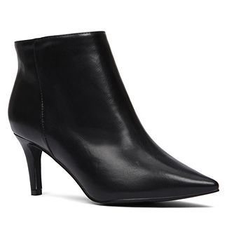 Mad Deals Of The Day: Get Half Off Heeled Boots At Globo And More