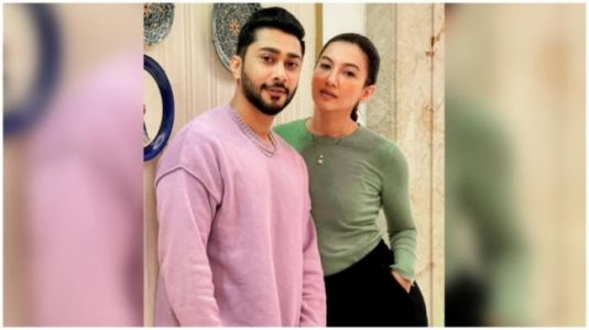 Gauahar Khan in Rs 1890 knit sweater and pants is all about winter vibes