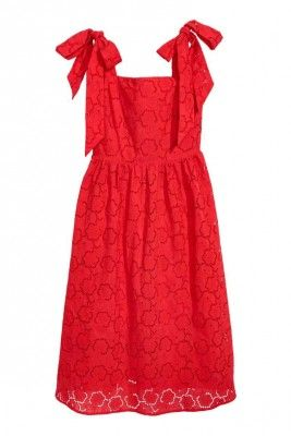 Mad Deals Of The Day: 50% Off A Cute Summer Dress At H&M And More