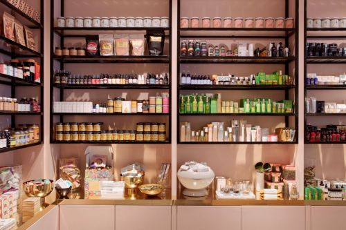 CAP Beauty Is Hiring A Part-Time Retail Associate In Los Angeles