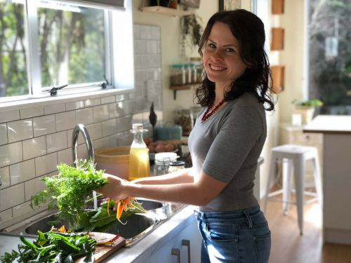 Guest blog: Elien Lewis uses deep-mulching to grow a bounty of produce in her shady Whitby garden
