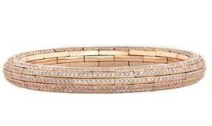 In fashion jewellery, wearable defines the new classic