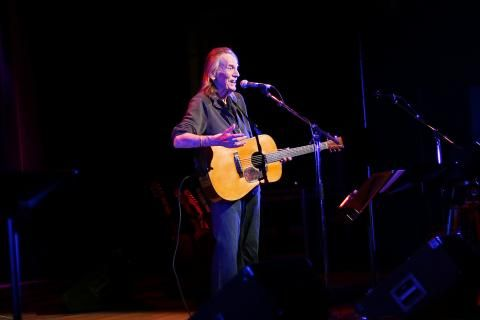 Gordon Lightfoot awarded the RCGS' Gold Medal