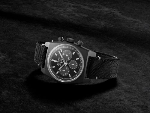 """New Zenith Chronomaster Revival """"Shadow"""" bets on the brand's Modern Heritage"""