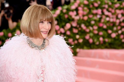 Why Is This Picture of Anna Wintour Wearing Jeans so Comforting?