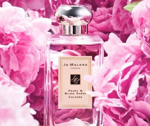 The essential list of romantic perfumes for Valentine's Day this year!