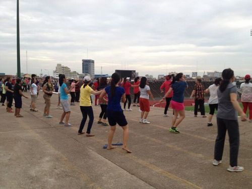 Making Friends Abroad: Join A Fitness Class